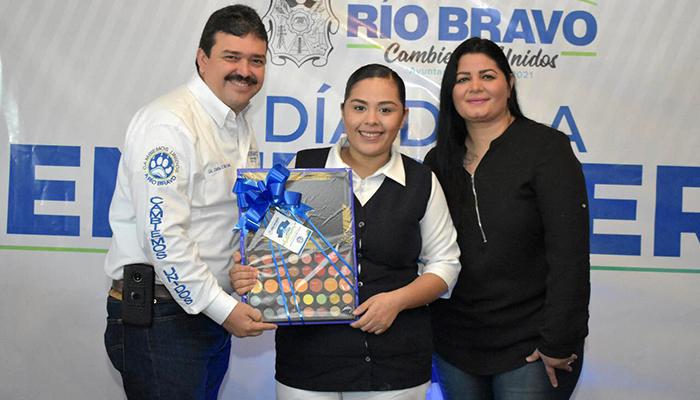 Festeja Presidente Municipal a enfermeras de Río Bravo