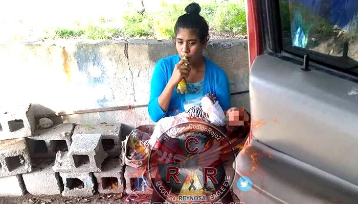 Madre reynosense consume drogas en vía pública acompañada de su bebé