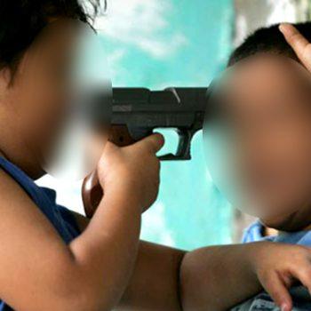 Niño matamorense lleva pistola a la primaria y regala balas