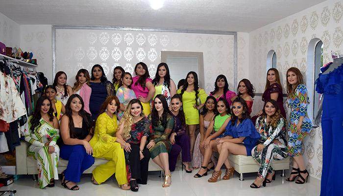 """Éxito total el desfile de moda """"Es Bella Showroom"""" pasarela 2019"""