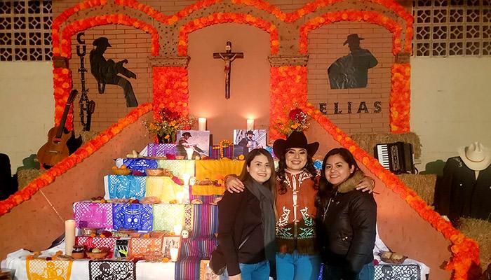 Escuela Secundaria General No 1 altar a Norteños de Río Bravo
