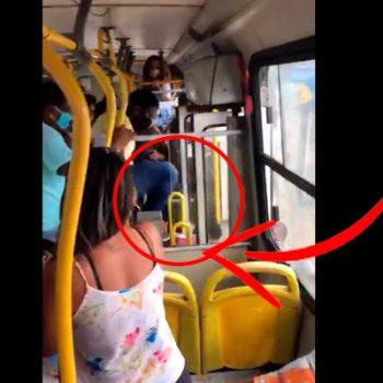 Por no usar cubrebocas, la bajan con salvajes patadas del autobús